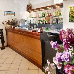 Отель Adler Италия, Риччоне - отзывы, цены и фото номеров - забронировать отель Adler онлайн гостиничный бар