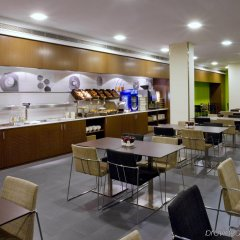 Отель Holiday Inn Express Barcelona City 22@ питание