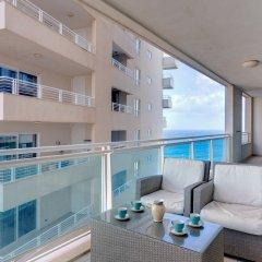 Отель Seaview Apartment In Fort Cambridge, Sliema Мальта, Слима - отзывы, цены и фото номеров - забронировать отель Seaview Apartment In Fort Cambridge, Sliema онлайн балкон