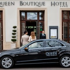 Queen Boutique Hotel городской автобус