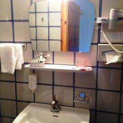 Hotel Aquila Nera - Schwarzer Adler Випитено ванная