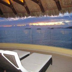 Отель Palmetto Ixtapa 408 бассейн