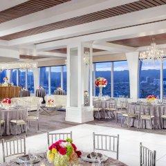 Отель Mr. C Beverly Hills питание