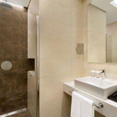 Отель Ramada Plaza Istanbul Asia Airport ванная фото 2