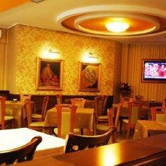 Отель Austria Албания, Тирана - отзывы, цены и фото номеров - забронировать отель Austria онлайн гостиничный бар