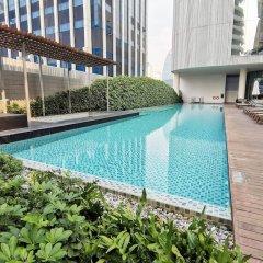 Отель Magnolias Ratchadamri Boulevard Бангкок бассейн