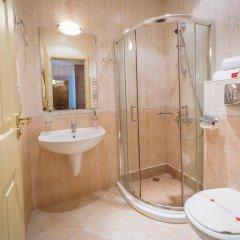 Отель Alegro Hotel Болгария, Велико Тырново - 1 отзыв об отеле, цены и фото номеров - забронировать отель Alegro Hotel онлайн ванная фото 2