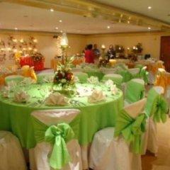 Отель Rosas Garden Hotel Филиппины, Манила - отзывы, цены и фото номеров - забронировать отель Rosas Garden Hotel онлайн помещение для мероприятий фото 2