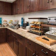 Отель Homewood Suites By Hilton Columbus-Hilliard Хиллиард питание фото 2