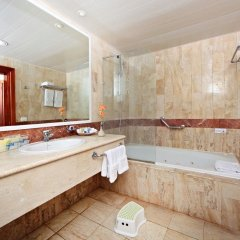Отель Grand Bahia Principe Turquesa - All Inclusive Доминикана, Пунта Кана - 1 отзыв об отеле, цены и фото номеров - забронировать отель Grand Bahia Principe Turquesa - All Inclusive онлайн ванная фото 2
