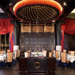 Отель The Peninsula Paris Франция, Париж - 1 отзыв об отеле, цены и фото номеров - забронировать отель The Peninsula Paris онлайн развлечения