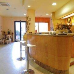 Hotel Vannucci гостиничный бар