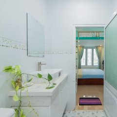 Отель Megi Homestay Нячанг ванная фото 2