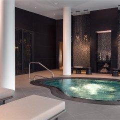 Отель Hilton Amsterdam Airport Schiphol Нидерланды, Схипхол - 1 отзыв об отеле, цены и фото номеров - забронировать отель Hilton Amsterdam Airport Schiphol онлайн бассейн