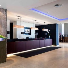 Отель Hilton Düsseldorf Германия, Дюссельдорф - 2 отзыва об отеле, цены и фото номеров - забронировать отель Hilton Düsseldorf онлайн интерьер отеля фото 3