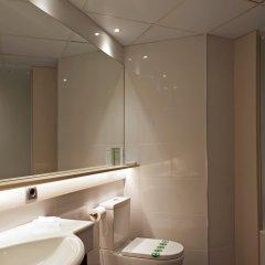 Отель Bernat II Испания, Калелья - 3 отзыва об отеле, цены и фото номеров - забронировать отель Bernat II онлайн ванная фото 2