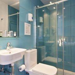 Отель Pillow Ramblas Барселона ванная