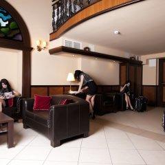Residence Baron Hotel развлечения