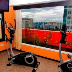 East Hotel фитнесс-зал фото 2