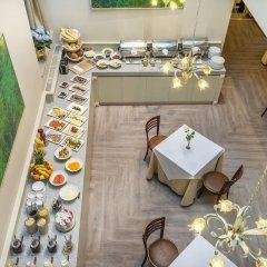 Отель Ratonda Centrum Hotel Литва, Вильнюс - 6 отзывов об отеле, цены и фото номеров - забронировать отель Ratonda Centrum Hotel онлайн балкон