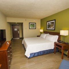 Отель Holiday Inn Express Guadalajara Aeropuerto комната для гостей фото 5