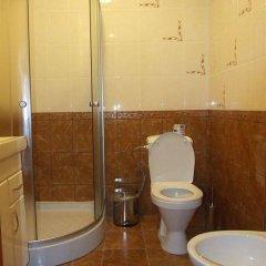 Гостиница Мини-Отель Анна в Ялте 9 отзывов об отеле, цены и фото номеров - забронировать гостиницу Мини-Отель Анна онлайн Ялта ванная фото 2