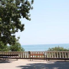 Neptune Hotel пляж
