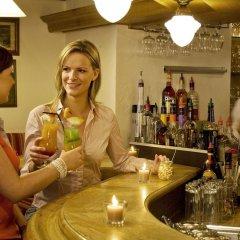 Отель Holiday Inn Hamburg гостиничный бар