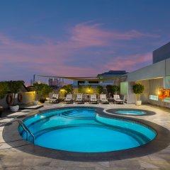 Savoy Park Hotel Apartments бассейн