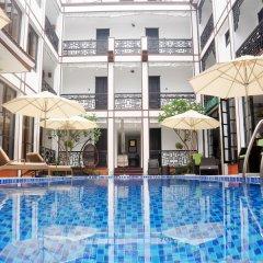 Vinh Hung 2 City Hotel бассейн фото 2