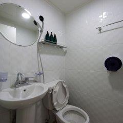 Отель 24 Guesthouse Seoul City Hall ванная фото 2