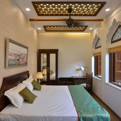 Отель WelcomHeritage Haveli Dharampura комната для гостей фото 2