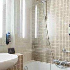 Отель Novotel Brussels Centre Midi Station Бельгия, Брюссель - 3 отзыва об отеле, цены и фото номеров - забронировать отель Novotel Brussels Centre Midi Station онлайн ванная
