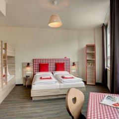 Отель Meininger City Center Зальцбург комната для гостей