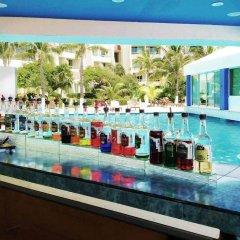 Апартаменты Apartment Solymar Cancun Beach гостиничный бар фото 2