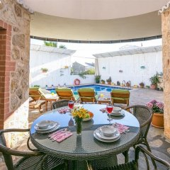Villa Karsak by Akdenizvillam Турция, Калкан - отзывы, цены и фото номеров - забронировать отель Villa Karsak by Akdenizvillam онлайн питание