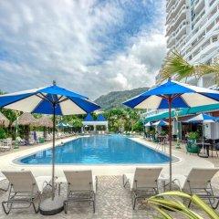 Отель Andaman Beach Suites Пхукет бассейн фото 3