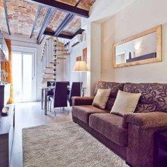 Отель Montserrat Apartment Испания, Барселона - отзывы, цены и фото номеров - забронировать отель Montserrat Apartment онлайн комната для гостей фото 2