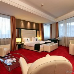 Отель Holiday Inn Belgrade Сербия, Белград - отзывы, цены и фото номеров - забронировать отель Holiday Inn Belgrade онлайн комната для гостей фото 2