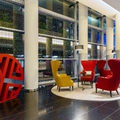 Отель NH Collection Frankfurt City бассейн