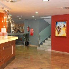 Отель 4R Hotel Playa Margarita Испания, Салоу - отзывы, цены и фото номеров - забронировать отель 4R Hotel Playa Margarita онлайн интерьер отеля фото 2