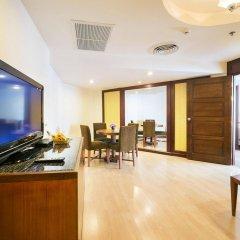 Отель Jomtien Palm Beach Hotel And Resort Таиланд, Паттайя - 10 отзывов об отеле, цены и фото номеров - забронировать отель Jomtien Palm Beach Hotel And Resort онлайн комната для гостей