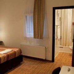 Hotel Barry Брюссель сейф в номере