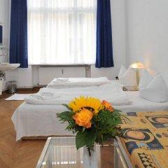 Отель Pension Brinn Германия, Берлин - отзывы, цены и фото номеров - забронировать отель Pension Brinn онлайн комната для гостей