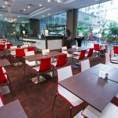 Отель Chancellor@Orchard Сингапур, Сингапур - отзывы, цены и фото номеров - забронировать отель Chancellor@Orchard онлайн питание фото 2