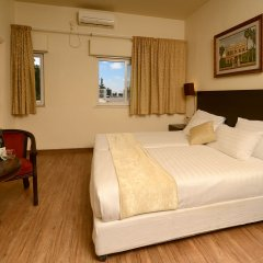 Отель Little House In Rechavia Иерусалим комната для гостей
