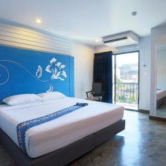 Отель Days Inn by Wyndham Patong Beach Phuket 3* Номер Делюкс с различными типами кроватей