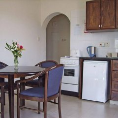 Отель Tasmaria Aparthotel Пафос в номере фото 2