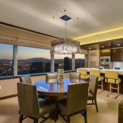 Отель Luxury Suites International by Vdara США, Лас-Вегас - отзывы, цены и фото номеров - забронировать отель Luxury Suites International by Vdara онлайн в номере фото 2