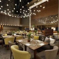 Отель Wyndham Grand Athens Греция, Афины - 1 отзыв об отеле, цены и фото номеров - забронировать отель Wyndham Grand Athens онлайн питание фото 2